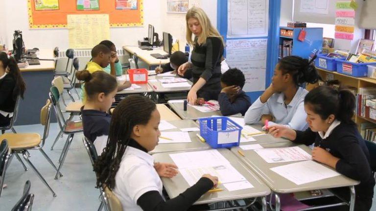 Cooperación entre alumnos expertos