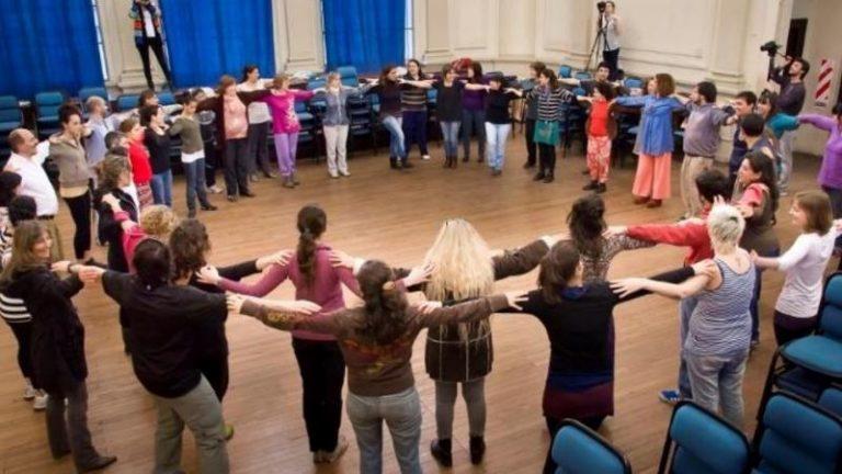 Programa ABC en la comunidad: la creatividad en el aula